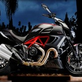 The Italian V-Max - the 2011 Ducati Diavel