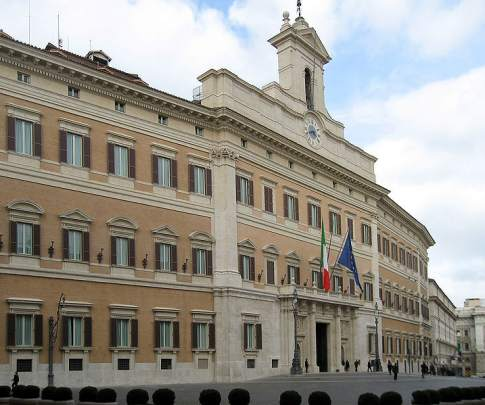 A guide to italy 39 s seats of power in rome for Deputati in italia