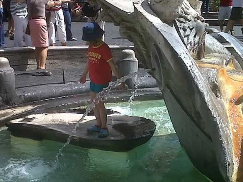 Kids Love Rome's Fountains