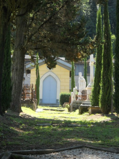 The English Cemetery in Bagni di Lucca Photo Jenny Mead