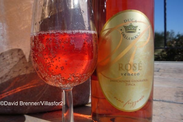 A great velue-for-money sparkling pink from the Veneto