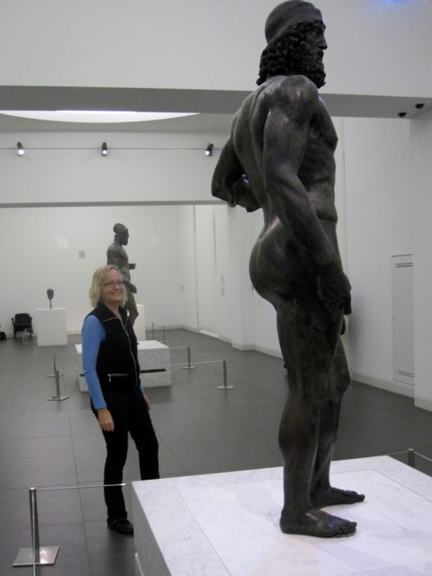 Karen Haid with the Riace Bronzes